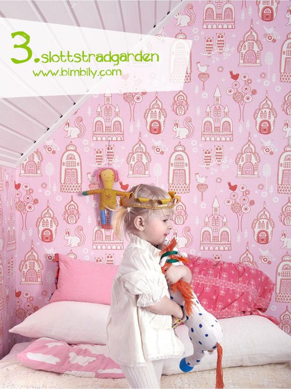 carte parati colorate majvillan_slottstradgarden_wallpaper_bimbily_pink_1