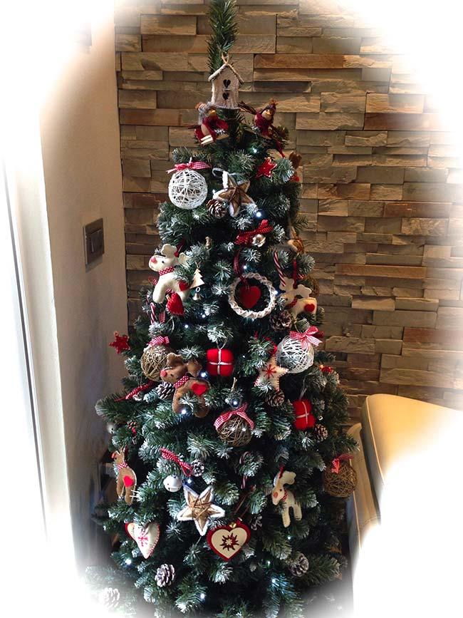 albero-di-natale-decorato