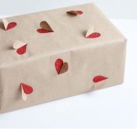 pacchi-natale-carta-rosso