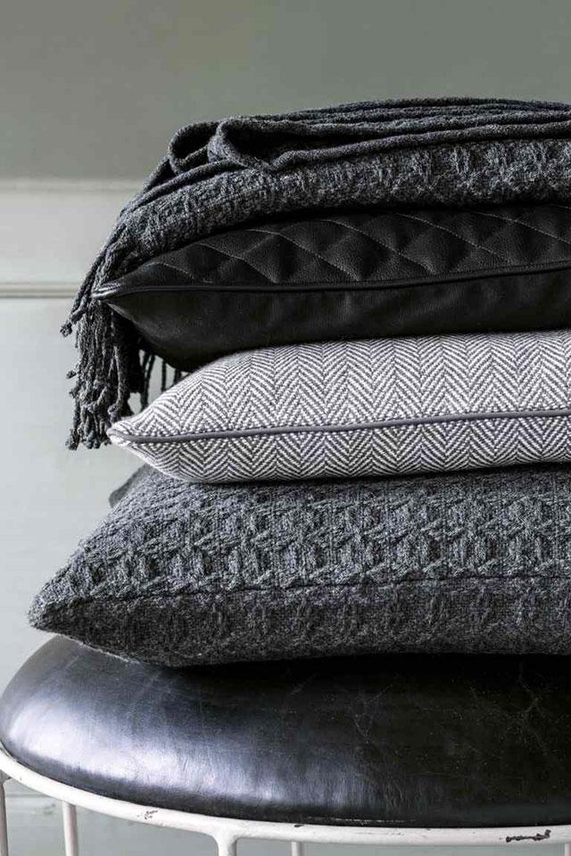 I cuscini che arredano 3 stili dal budget xxsmall - Cuscini decorativi ...
