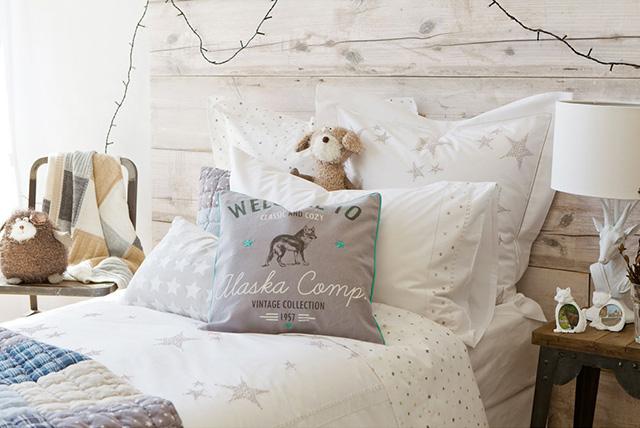 I cuscini che arredano 3 stili dal budget xxsmall for Divano zara home