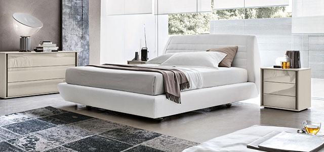Immagine del letto Siville in ambiente zona notte.