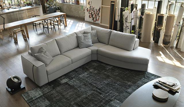 Doimo Salotti divano design Like.