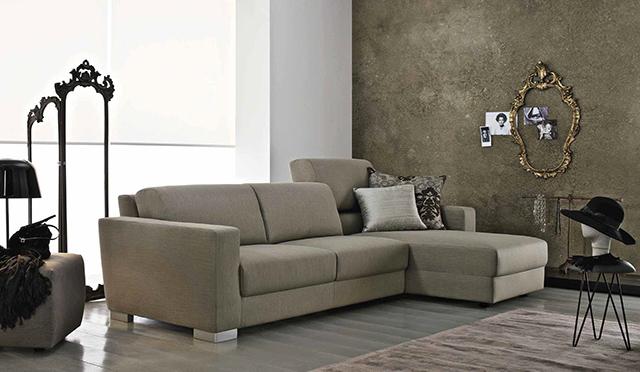 Atelier Doimo Salotti divano con penisola.