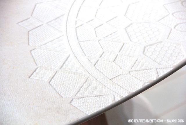 Trend visti al salone 2016 - piano in marmo bianco.