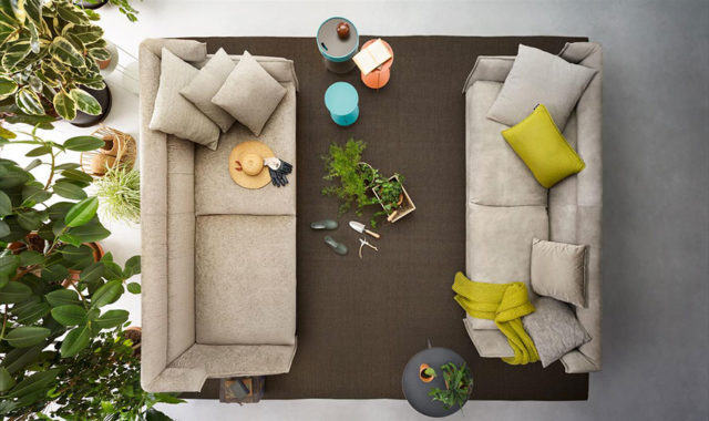 Come arredare il soggiorno primi passi modaearredamento for Divani larghezza 150 cm