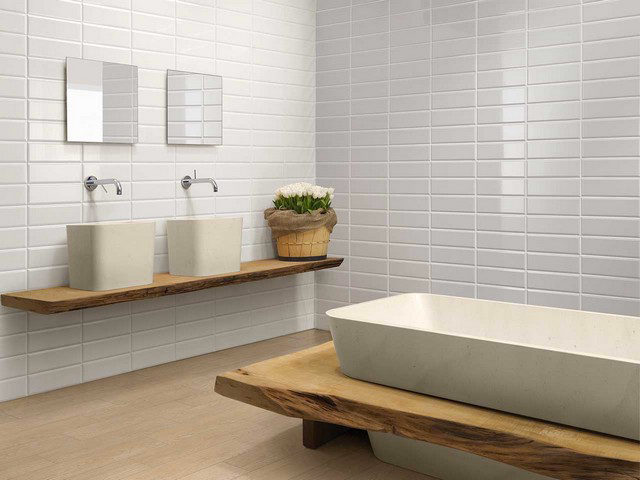 Verniciare piastrelle bagno trendy verniciare piastrelle - Dipingere piastrelle bagno ...