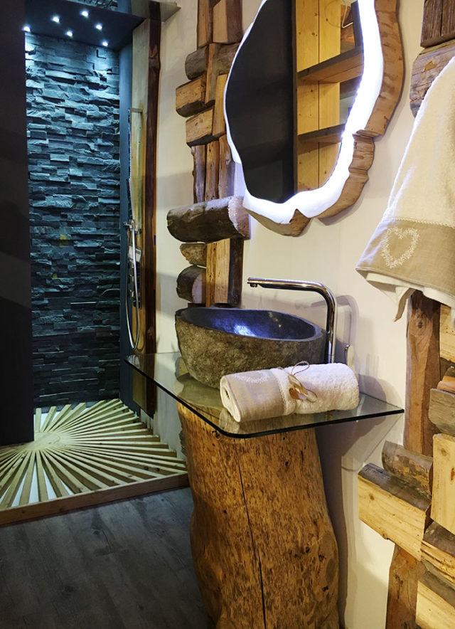 Arredare in montagna con il legno ispirazioni dal classico al design - Allestimento bagno ...