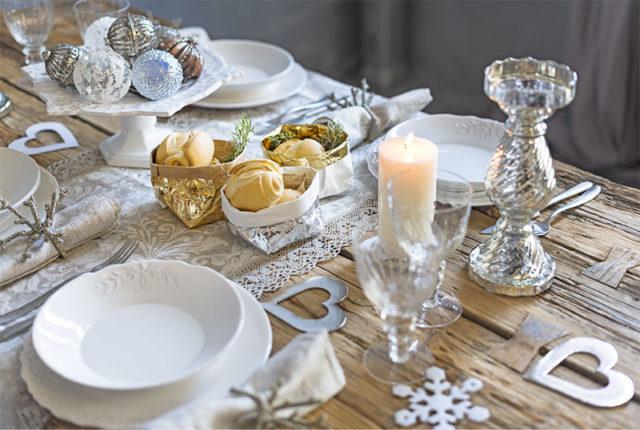 Regali di Natale di design : Essential design tavola Natale.