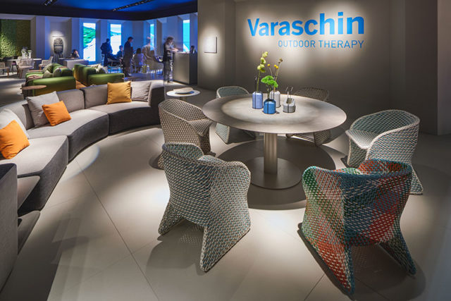 Varaschin outdoor therapy al Salone del Mobile 2017.