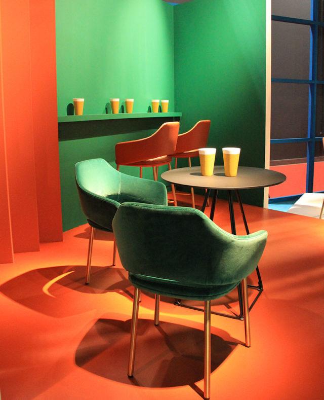 Immagini colore arredamento Pedrali al Salone del Mobile