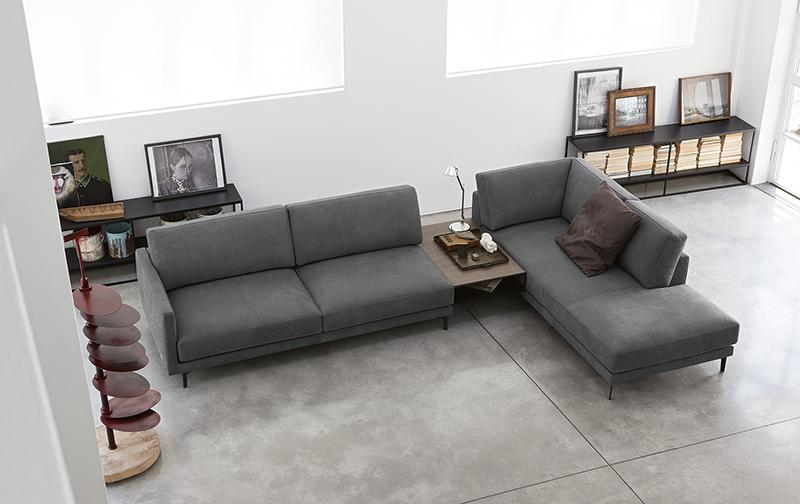Doimo Salotti divano in pelle effetto nabuk colore grigio.