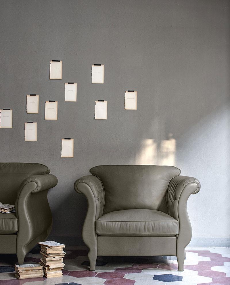 Doimo Salotti poltrona classica Margot colore grigio.