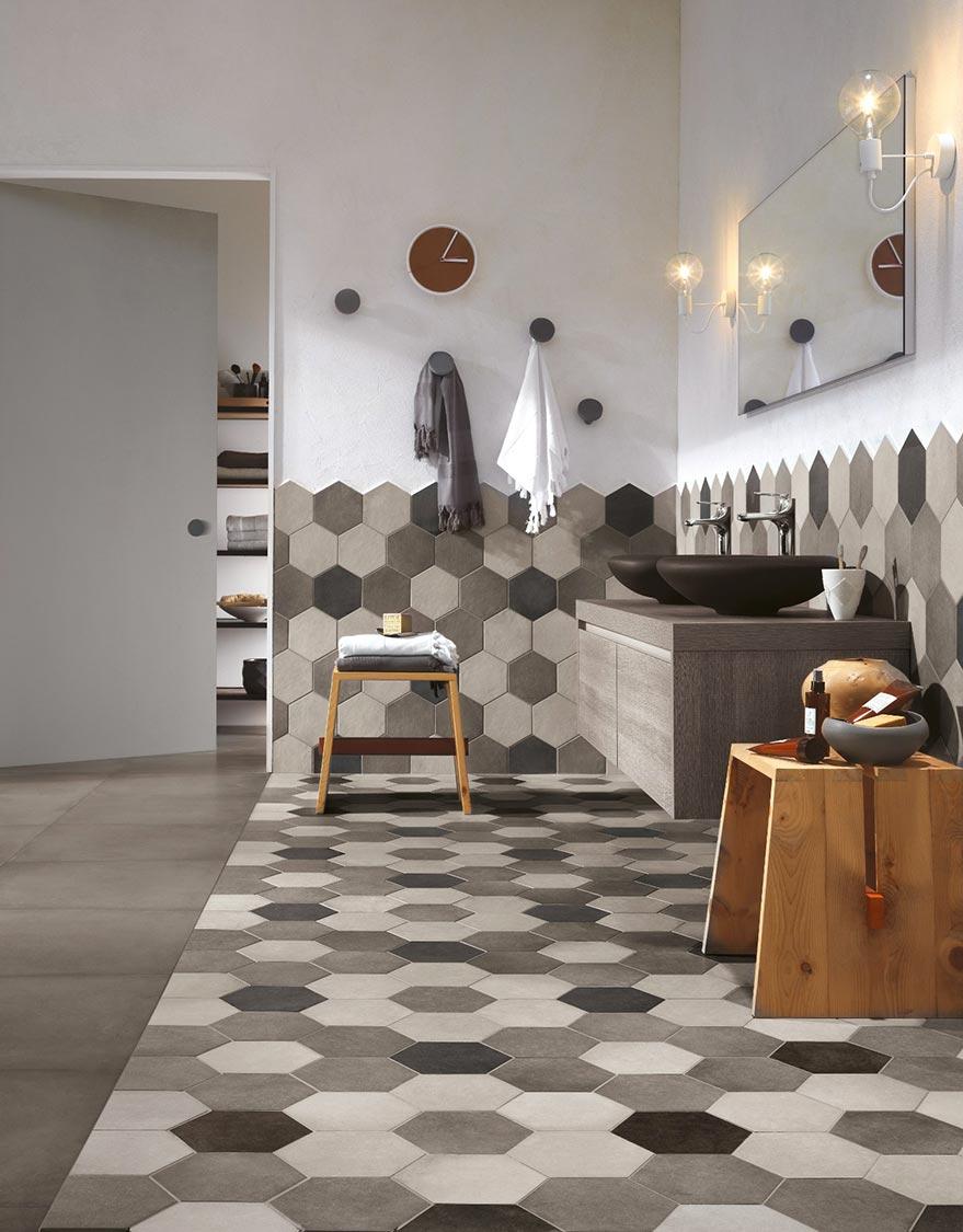 Rivestimento Bagno Con Maioliche piastrelle esagonali in casa: idee e suggerimenti per la posa.