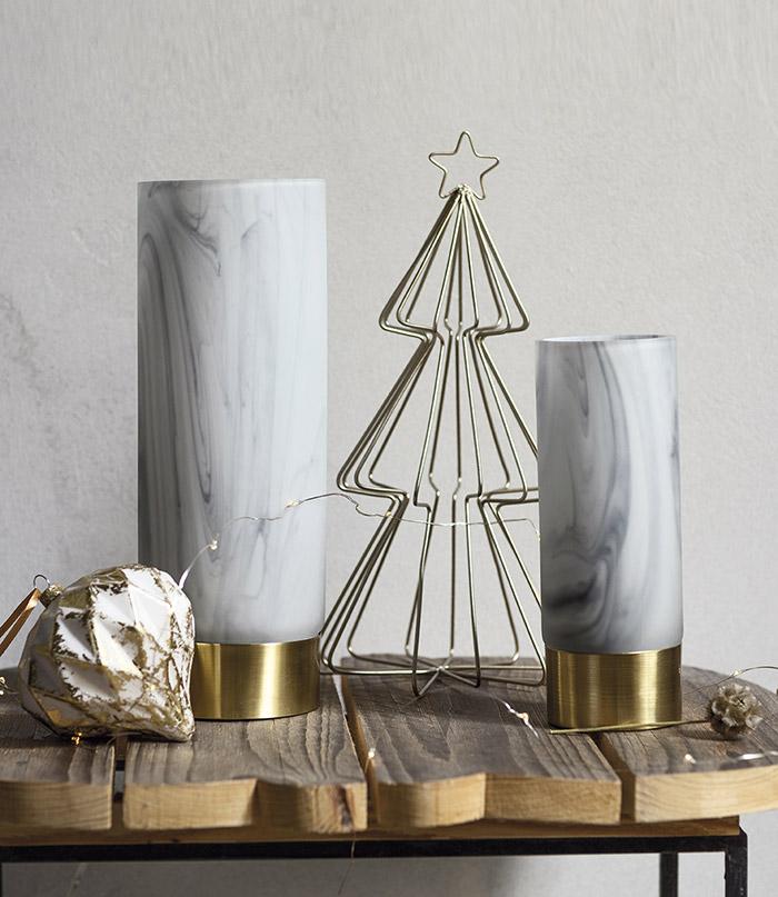 Atmosfere di Natale in casa: la candela di marmo.