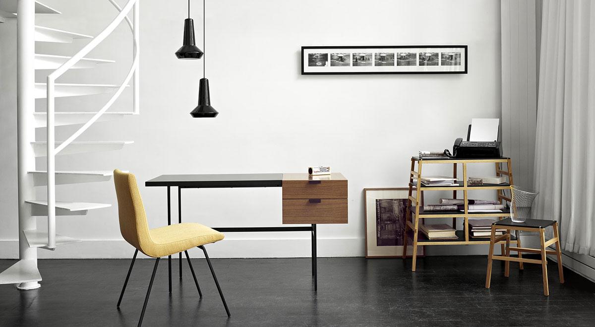 Ligne Roset scrivania tanis per creare un angolo di home offfice in casa.
