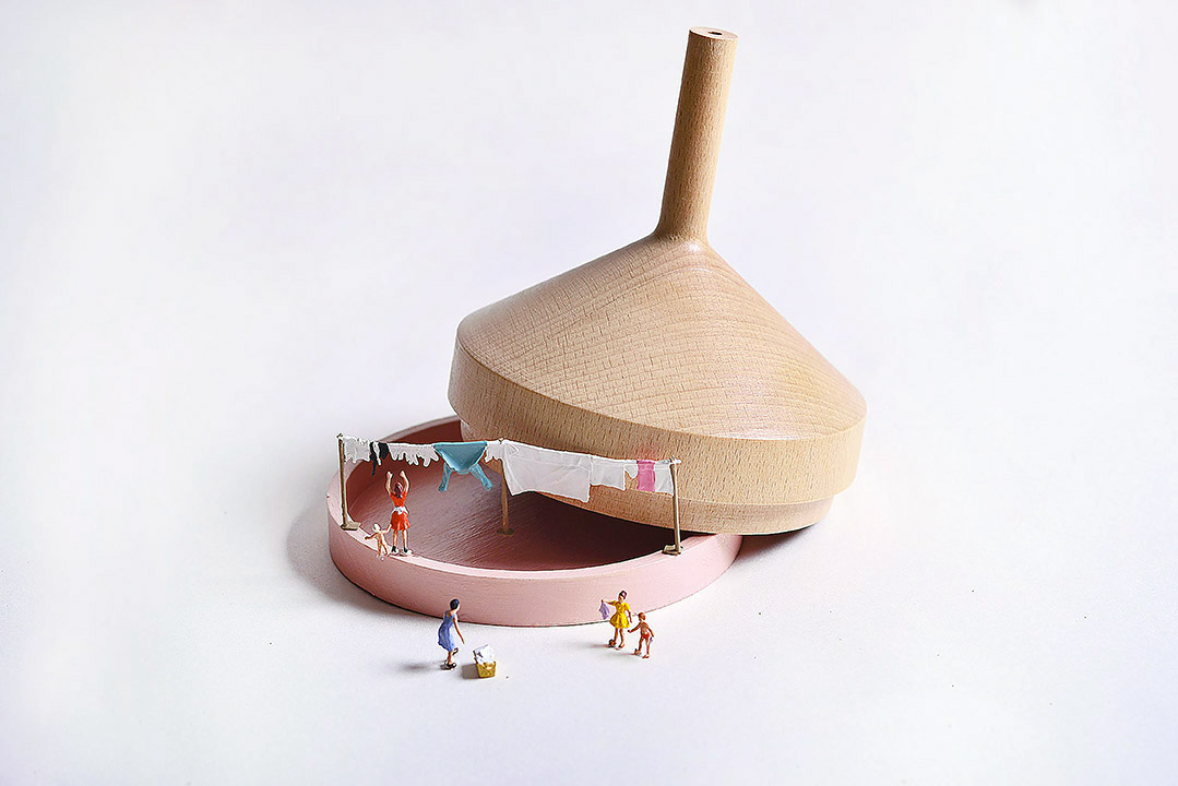 Atelier Macrame Tajiene wood colore rosa.