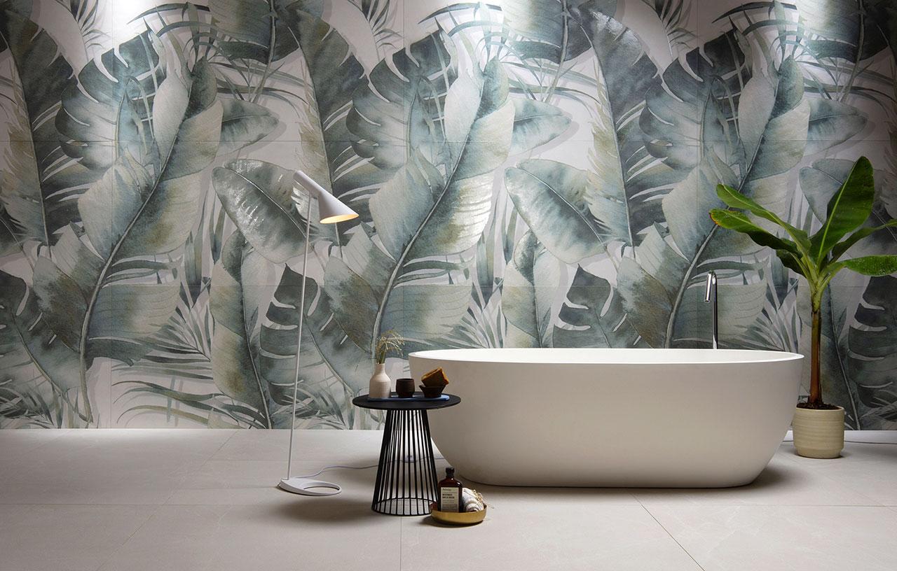 look tropicale in bagno - rivestimento per bagno foglie tropicali